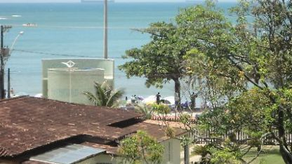 2 Bedroom AP c/Vista w/the Sea the Quad from the beach 01
