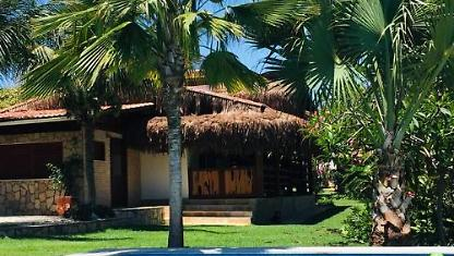 House with swimming pool + 2 Chales in Canoa Quebrada-EC