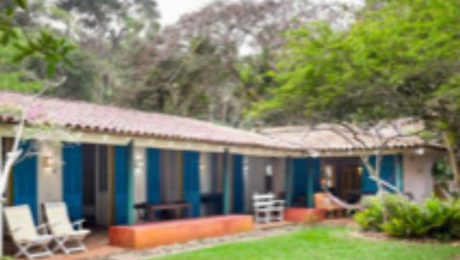5 Pe Rooms in the red sand of Ubatuba Center