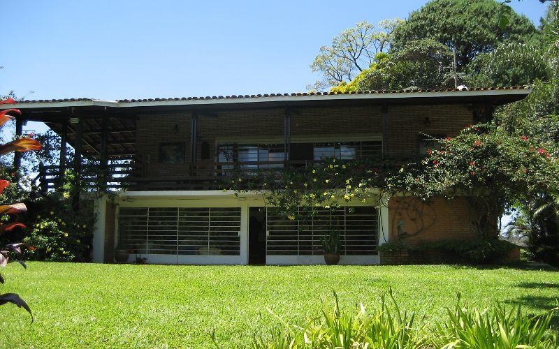 Alquilar casa rurale de vacaciones en port o atibaia sp for Casas con piscina alquiler verano