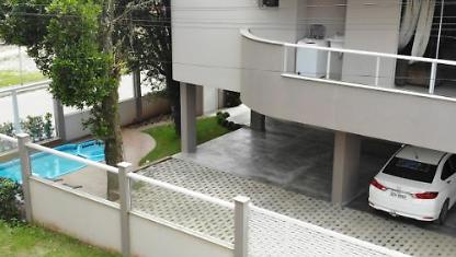 New apartment on Bombs, 300 mts from the beach