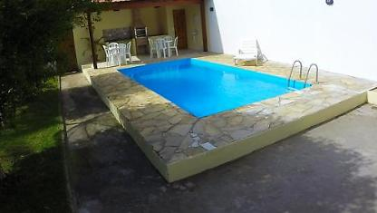 House with pool for up to 10 people