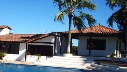 4 Qts beautiful house in Geribá condo security 24hrs